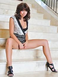 Bojana spreads her pussy wide open
