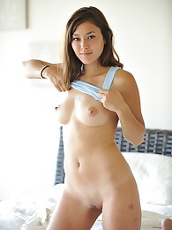 Miyu shows off will not hear of shaved pussy